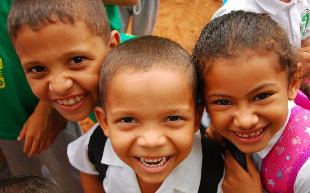 Cordoba kids Alacran artisanal mining
